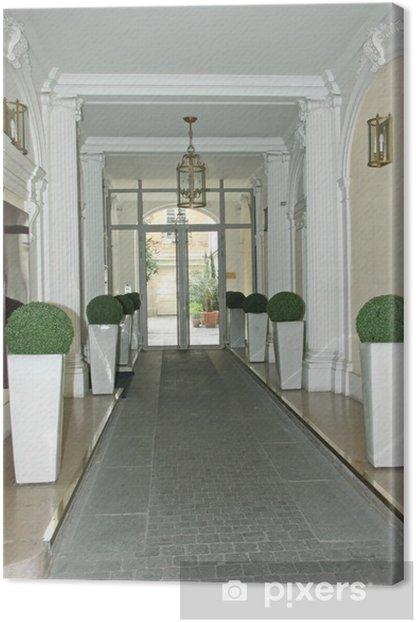 hall d\'entrée d\'immeuble hausmannien Canvas Print
