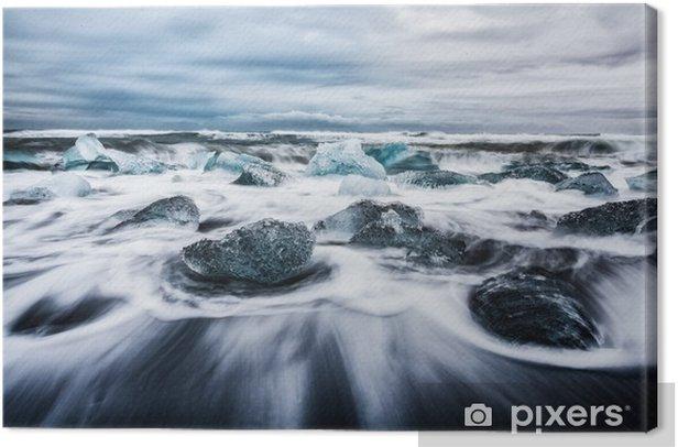 La laguna di Jokulsarlon, blocchi di ghiaccio frammentati dalle onde chiamata anche spiaggia di diamanti Islanda Europa Canvas Print - Landscapes