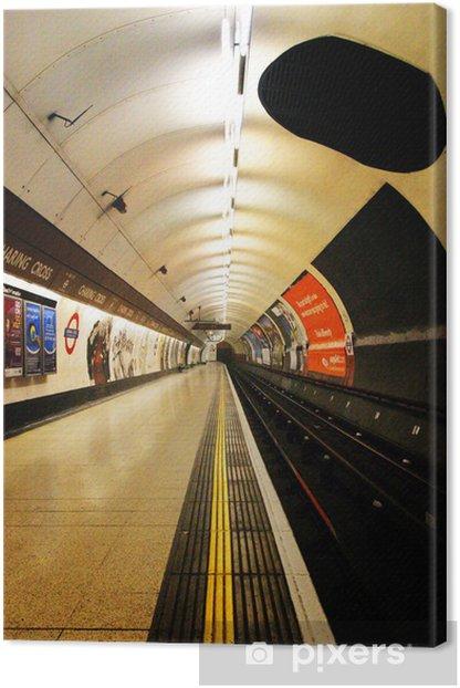 11ed8948560 london underground platform Canvas Print • Pixers® • We live to change