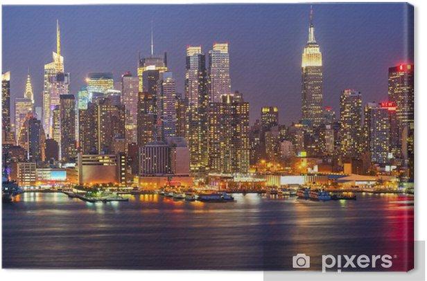 Manhattan by night Canvas Print -