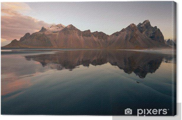 vesturhorn mountain spettacolare monte islandese affacciato su una spiaggia di sabbia nera con riflesso Islanda Europa Canvas Print - Landscapes