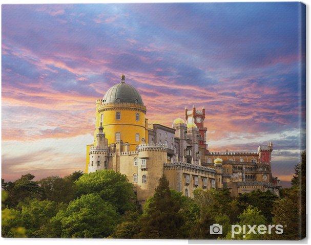 Canvas Tooverpaleis tegen zonsondergang hemel / Panorama van paleis in Sintra, - Thema's