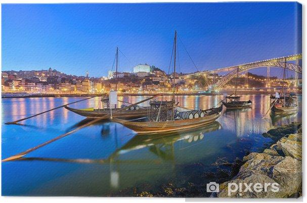 Canvas Traditionele portwijn vervoer boten in Porto, Portugal - Europa
