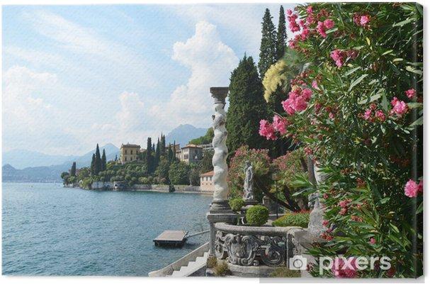 Canvas Uitzicht op het meer Como van villa Monastero. Italië - Privé Gebouwen