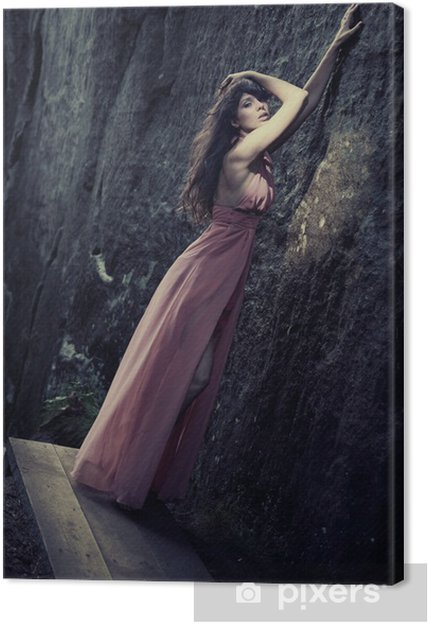 8af409220858 Canvastavla Bedövning skönhet i en moderiktiga kläder • Pixers® - Vi ...