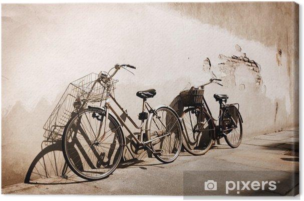 Canvastavla Italienska gammaldags cyklar lutad mot en vägg - Teman