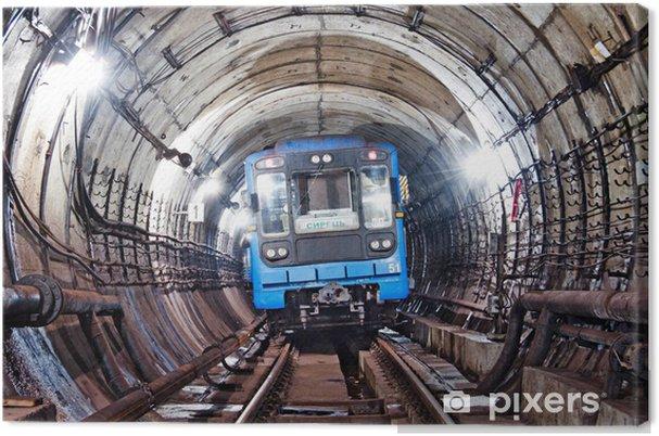 Canvastavla Kiev, Tåg i tunnelbana tunnel - Teman