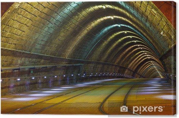 Canvastavla Tunnel för staden spårvagnen vid nigh - Teman