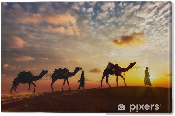 Canvastavla Två cameleers (kamelförare) med kameler i sanddyner i Thar deser - Resor