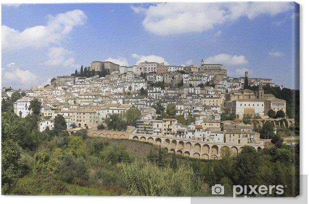 Cuadro en Lienzo Abruzzo, Italia: ciudad medieval Loreto Aprutino en la cima de una colina - Europa