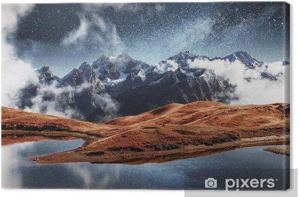 Cuadro en Lienzo Fantástico cielo estrellado en el lago de montaña koruldi. noche pintoresca superior svaneti, georgia europa. montañas del Cáucaso - Paisajes