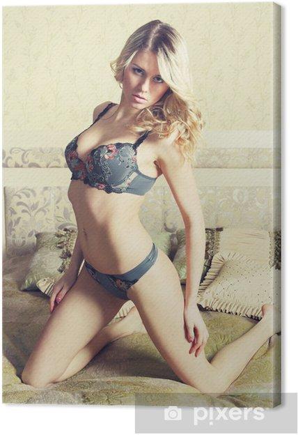 5d7f871615 Cuadro en Lienzo Hermosas mujeres atractivas • Pixers® - Vivimos ...