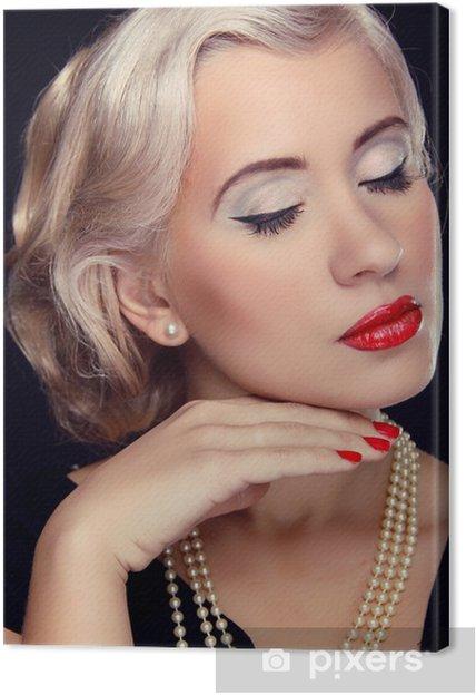 Cuadro En Lienzo Peinado Y Maquillaje Retrato De Mujer De Retro