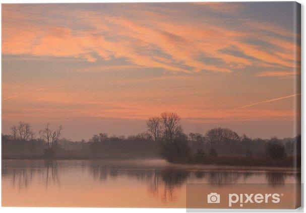 Cuadro en Lienzo Sol naciente en un pequeño estanque en Holanda. - Estaciones