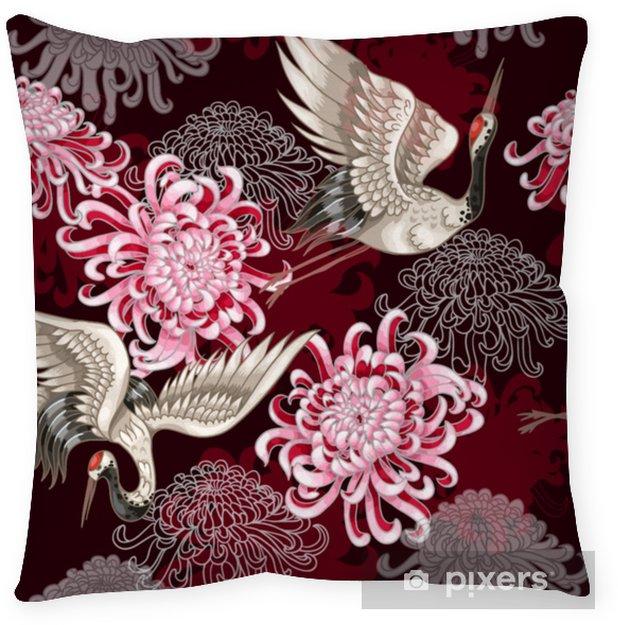 Cuscino decorativo Seamless con gru bianche giapponesi e crisantemi su uno sfondo claret per la progettazione tessile - Animali