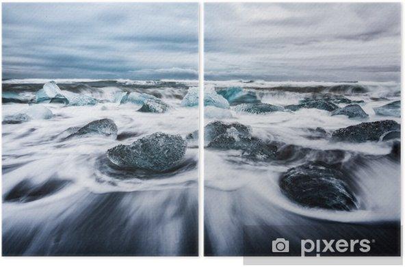 Diptyque La lagune de jokulsarlon, blocs de ghiaccio frammentati dalle onde chiamata anche spiaggia de diamanti islanda europa - Paysages