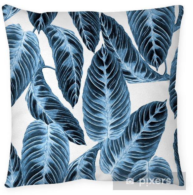 Funda de almohada Modelo inconsútil del follaje tropical. Hojas coloridas de la exótica planta de calathea warscewiczii, tonos de tendencia azul sobre fondo blanco. Ilustración de acuarela hecha a mano. - Recursos gráficos