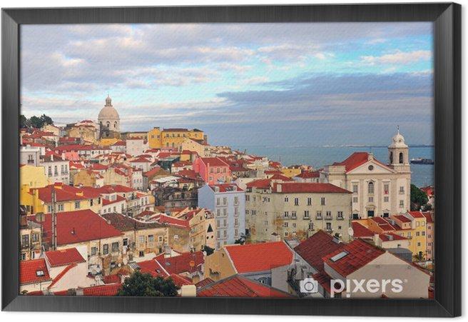 Ingelijst Canvas Multicolor huizen van Lissabon - Europese steden