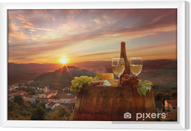Ingelijst Canvas Witte wijn met barell in de wijngaard, Chianti, Toscane, Italië - Thema's