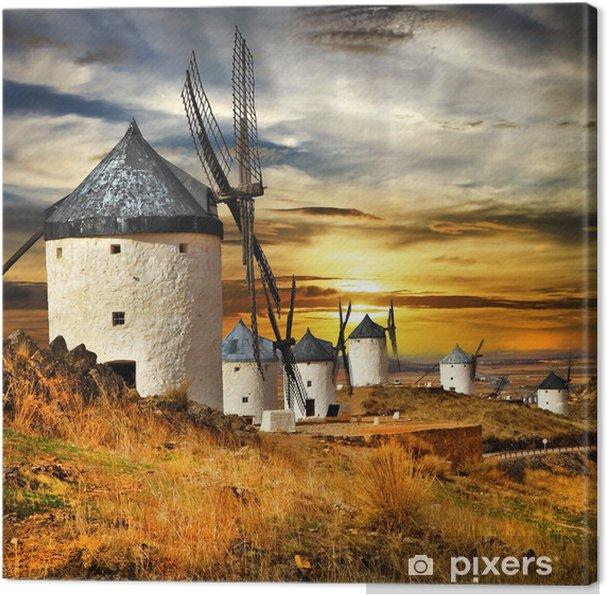 Espanja Consuegra. tuulimyllyt auringonlaskun aikaan, Kangaskuva - Mills and windmills