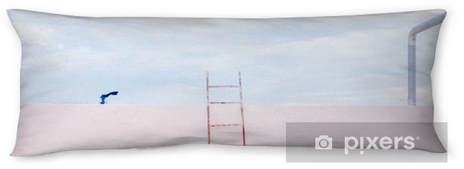 Kroppskudde Trappa på tomt skyskrapa tak med utsikt över himlen i minimalism stil. - Landskap