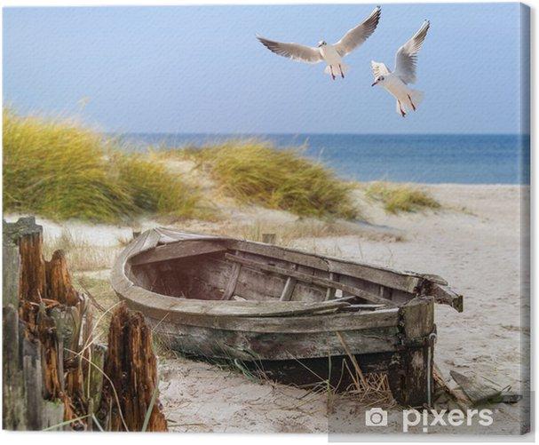 Leinwandbild Altes Fischerboot, Möwen, Strand und Meer - Schiffe, jachten und boote