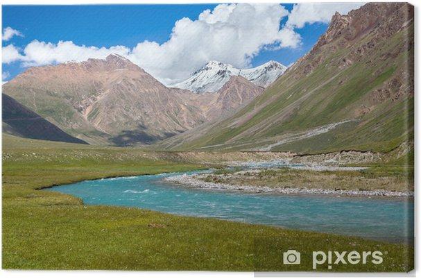 Leinwandbild Blauer Fluss und schneebedeckte Gipfel des Tien Shan Gebirge - Asien