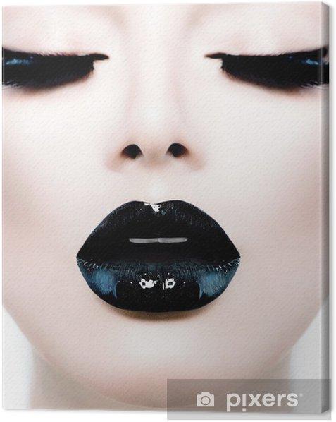 Leinwandbild Fashion Beauty Girl Model mit schwarzem Make-up und Lang Lushes - Mode