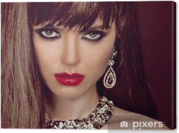 Leinwandbild Fashion Frau mit braunen Haaren und Abend Make-up. Schmuck und B - Frauen