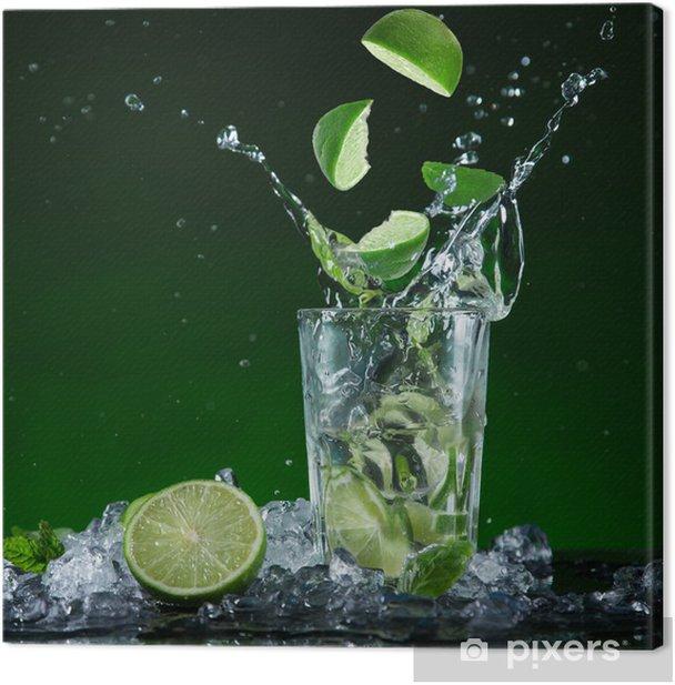 Leinwandbild Frische Frucht-Cocktail in gefrier Bewegung Spritzwasser - Gerichte