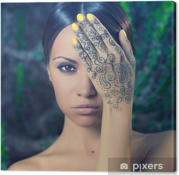 Leinwandbild Lady mit bemalten Händen mehendi - Tattoo