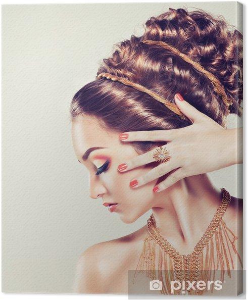 Leinwandbild Modell Mit Make Up Und Manikure Coral Griechische Frisuren