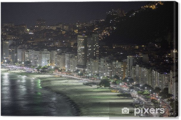 Leinwandbild Nachts im Copacabana-Strand in Rio de Janeiro - Amerikanische Städte