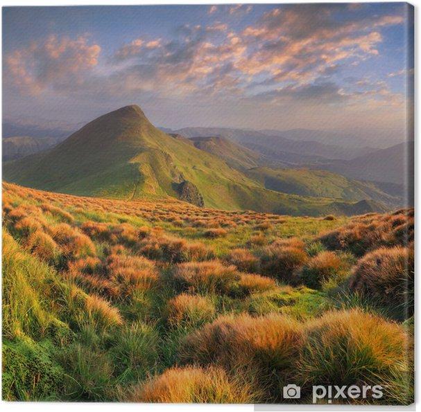 Leinwandbild Schöne Sommerlandschaft in den Bergen. Sonnenaufgang - Jahreszeiten