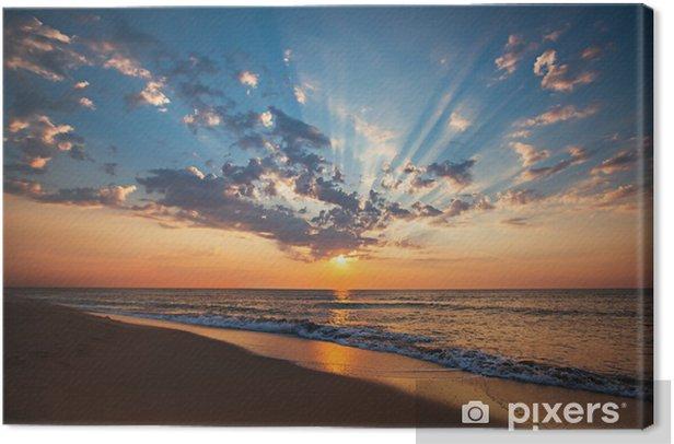 Leinwandbild Schöne Wolkengebilde über dem Meer, Sonnenaufgang erschossen - Urlaub