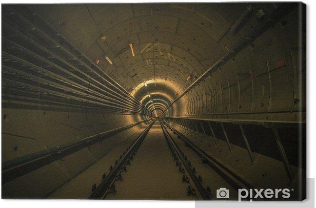 Leinwandbild U-Bahn-Anlage mit einem großen Tunnel - Themen