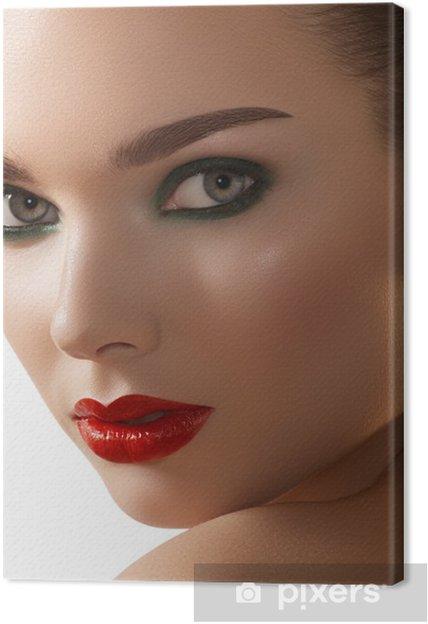 Leinwandbild Woman With Dark Green Rauchig Augen Make Up Rote