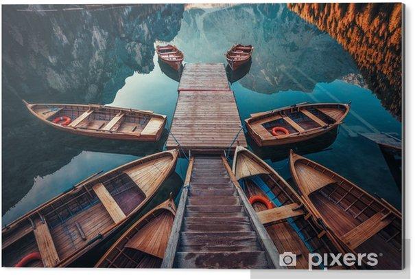 Obraz na Aluminium (Dibond) Łodzie na jeziorze we Włoszech - Krajobrazy