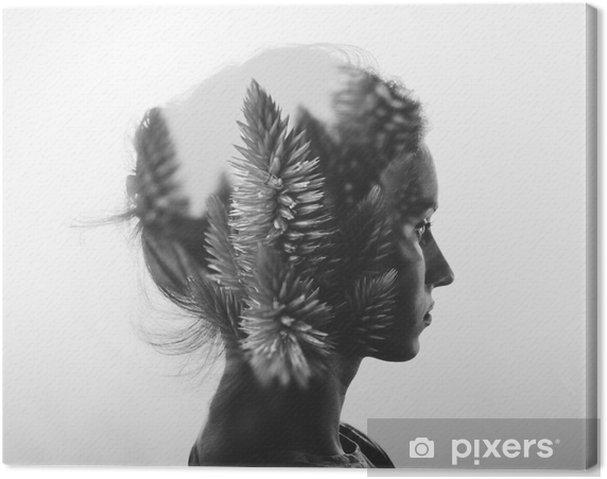 Obraz na plátně Creative dvojitá expozice s portrétem mladé dívky a květinami, monochromatický - Lidé