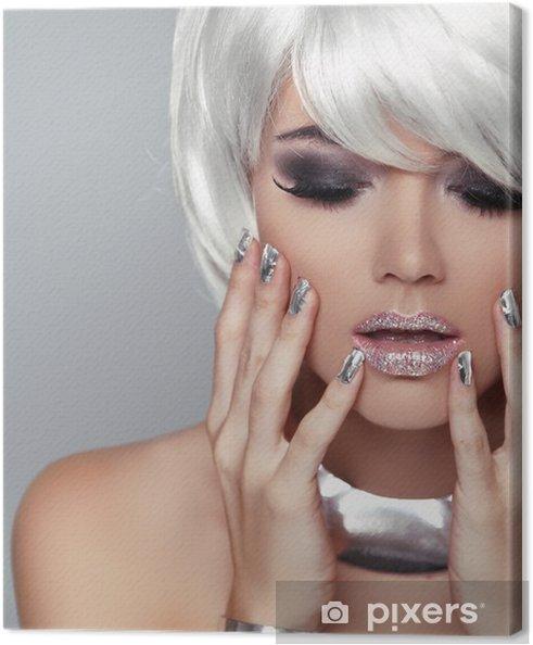62fbed612 Obraz na plátně Módní Blond Girl. Krása portrét ženy. Bílé krátké vlasy. Iso