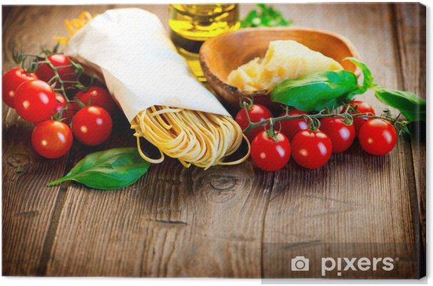 Obraz na plátně Pasta. Italská Domácí špagety s parmazánem a rajčaty - Témata