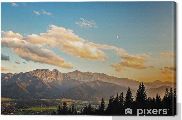 Obraz na plátně Pohled na panorama Tater při západu slunce, Polsko. - Témata