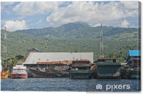 Obraz na plátně Rezavé robustní loď v Indonésii přístavu - Lodě