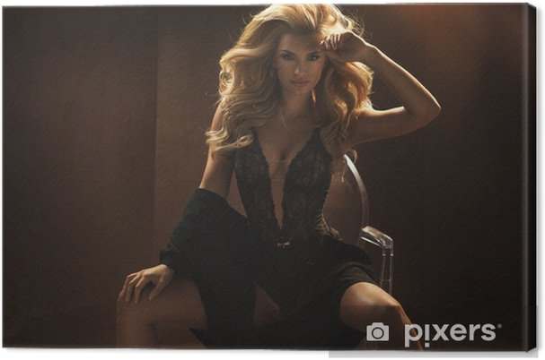 dc128fc55 Obraz na plátně Žena na sobě sexy černé spodní prádlo • Pixers ...