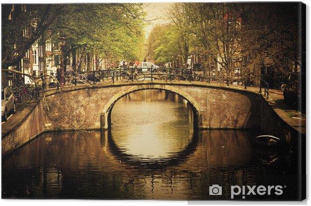 Obraz na płótnie Amsterdam. Romantyczny most nad kanałem. - Tematy