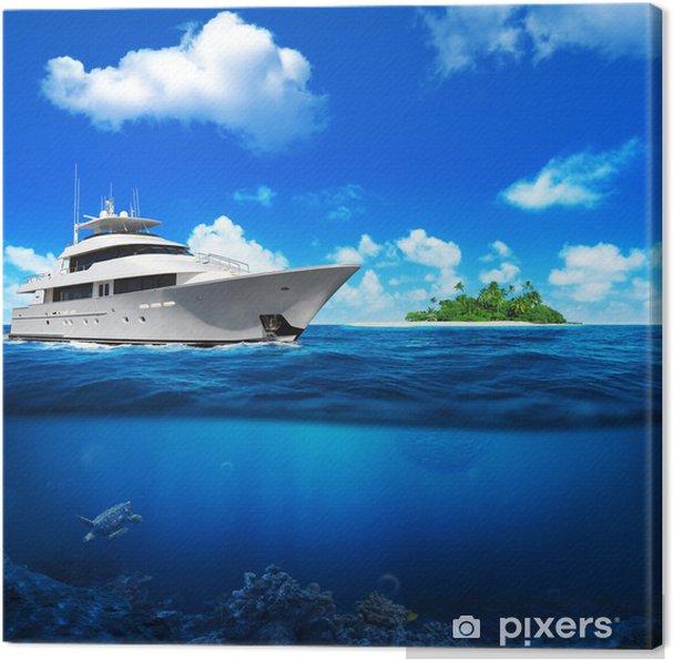 Obraz na płótnie Biały jacht na morzu. Wyspa z palmami na horyzoncie. - Oceania