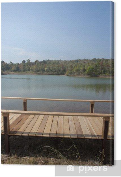 Obraz na płótnie Brzeg most, most przez drewno na brzegu jeziora z jasnego nieba - Transport wodny