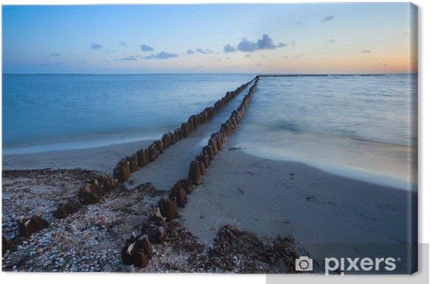 Obraz na płótnie Długi drewniany falochron na Morzu Północnym - Woda
