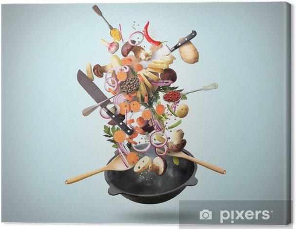 Obraz na płótnie Dużej patelni żelaza ze spadkiem warzyw i grzybów - Jedzenie