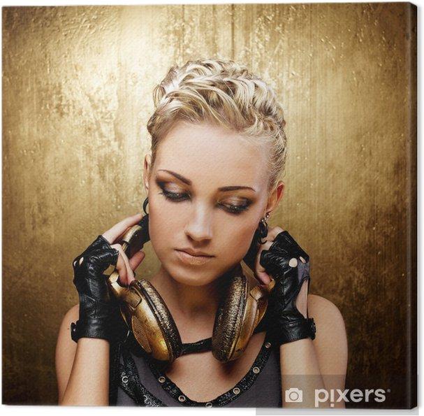 Obraz na płótnie Dziewczyna punk pary ze słuchawkami - Kobiety